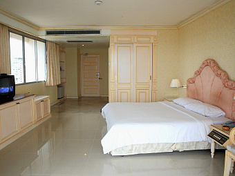 ADRIATIC PALACE PATTAYA 4*