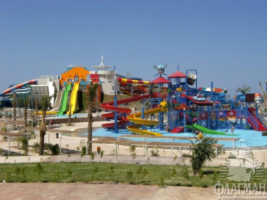 "Аквапарк ""Makadi Water World"" в Макади"