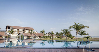 THE CALM RESORT & SPA 4*