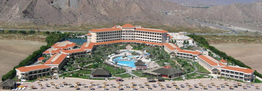 Отель FUJAIRAH ROTANA RESORT & SPA 5*